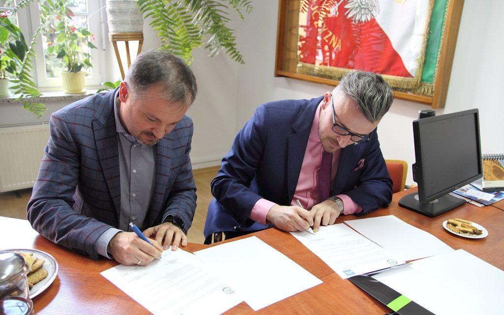 Podpisanie współpracy Ekonomika z firmą LKW WALTER